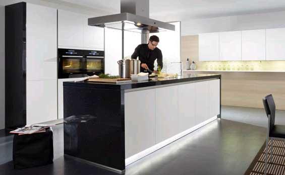 k ppler n bytek kuchyn sch ller. Black Bedroom Furniture Sets. Home Design Ideas